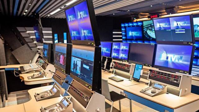 Blick in den Übertragungswagen der TVN Gruppe